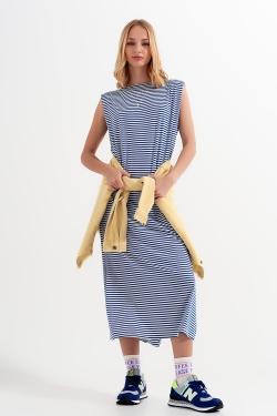 Vestido azul a rayas de punto